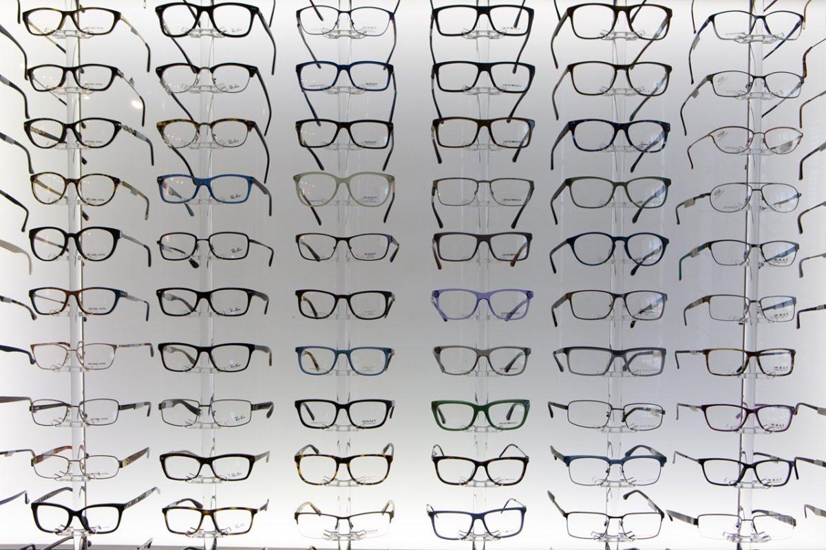donating old eyeglasses to the elderly hamilton plaza vision. Black Bedroom Furniture Sets. Home Design Ideas